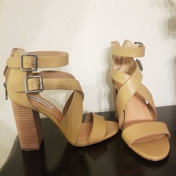 97db133a75e Steve Madden Sundance Sandals in Natural